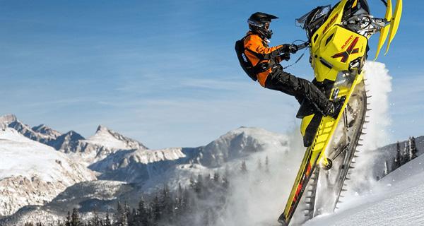 """Ski-Doo Summit X T3 174"""" 800R E-Tec"""